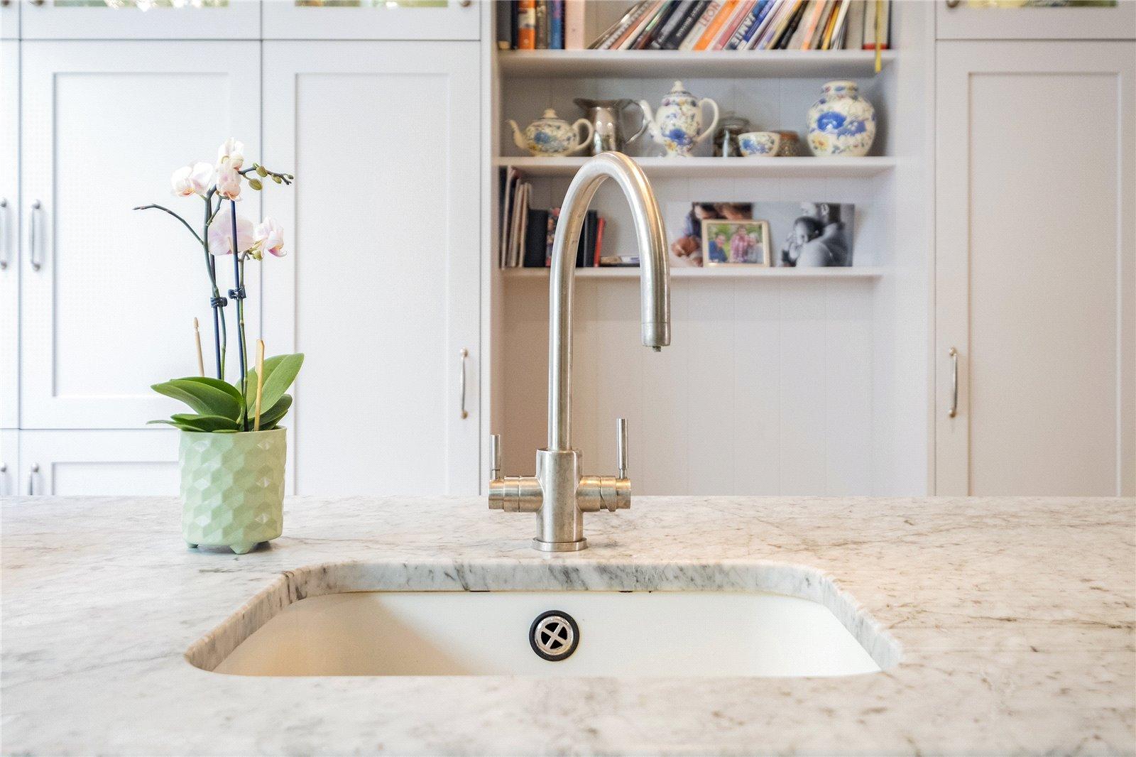 kitchen faucet fixture
